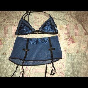 Fredericks of Hollywood lingerie set size medium
